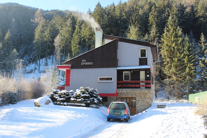 Cottage for ski vacation, holiday rental in Zilina Region