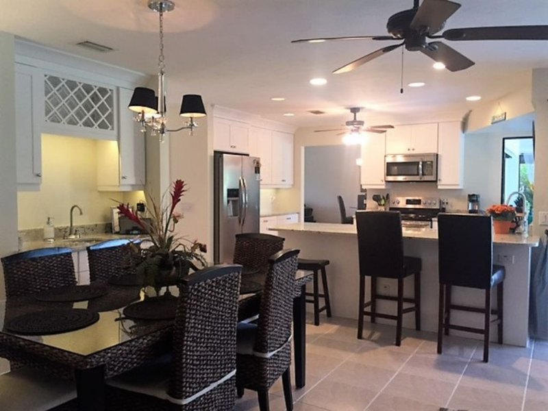 Dining Area and Kitchen Overview