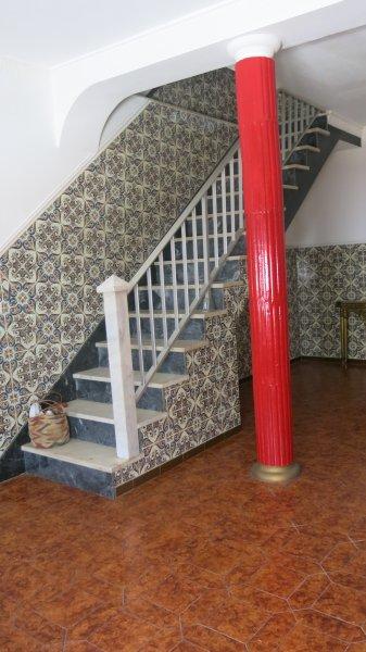 Stairway & pilar