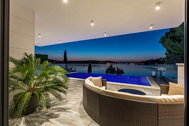 Main terrace, swimming pool - at night
