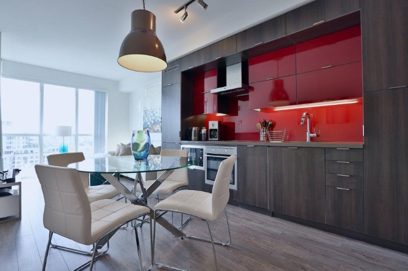 Sapphire - Luxury Furnished Condo All In King West, alquiler de vacaciones en Toronto