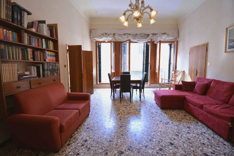 Venedig Apartments: Wohnen / Sitzen