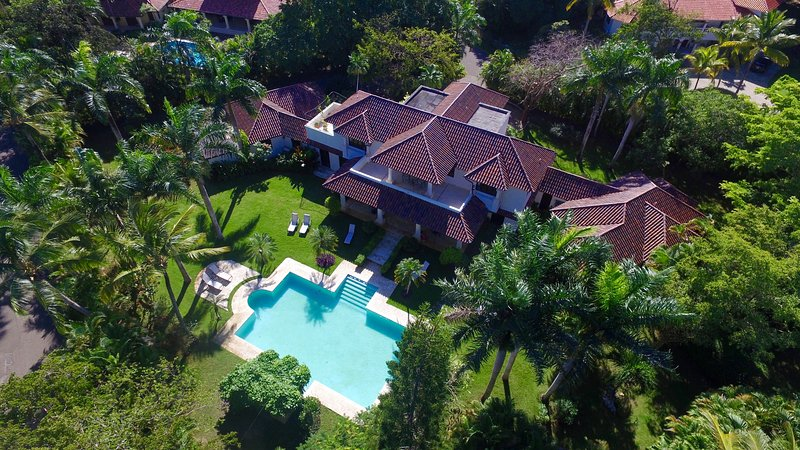 Sophisticated and spacious Villa Mediterania, holiday rental in Cabarete