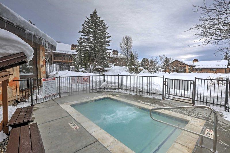 Évadez-vous à Eden, Utah lorsque vous séjournez dans ce 2BR, condo de location de vacances 2 salles de bain.