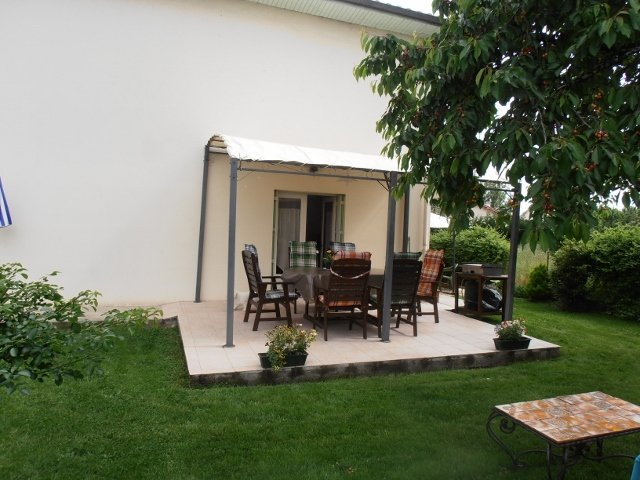 Petit appartement avec jardin, holiday rental in Bergerac City