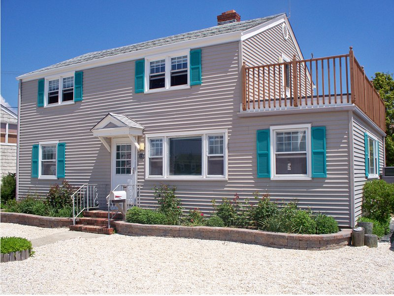 MyLBIBeachRental, 19 East Wyoming Avenue, Haven Beach (Long Beach Township), NJ  08008