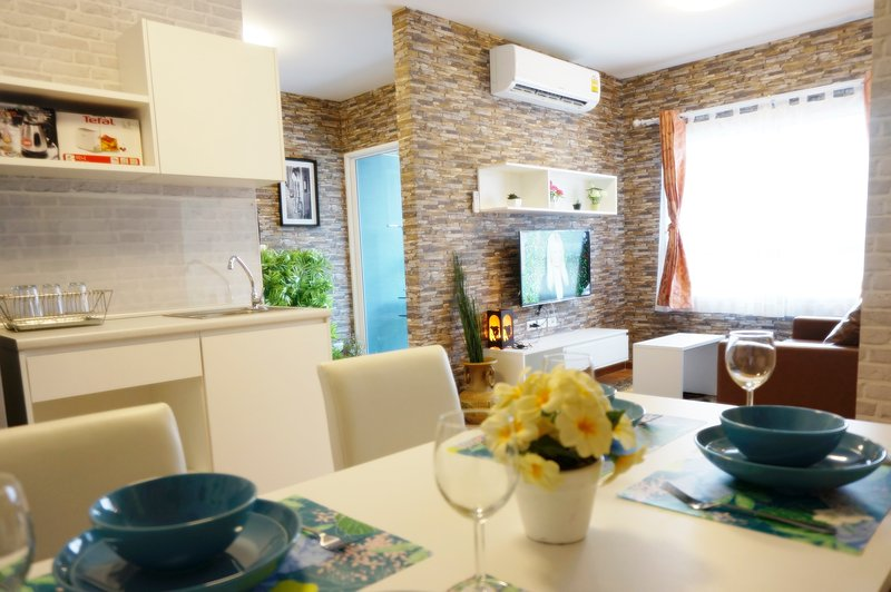 Giant Pool place for family, vacation rental in Phetchaburi Province