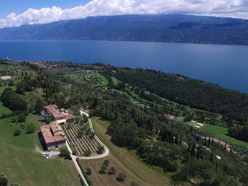 Cervano: Country Apartment for 4-5 person, casa vacanza a San Giorgio