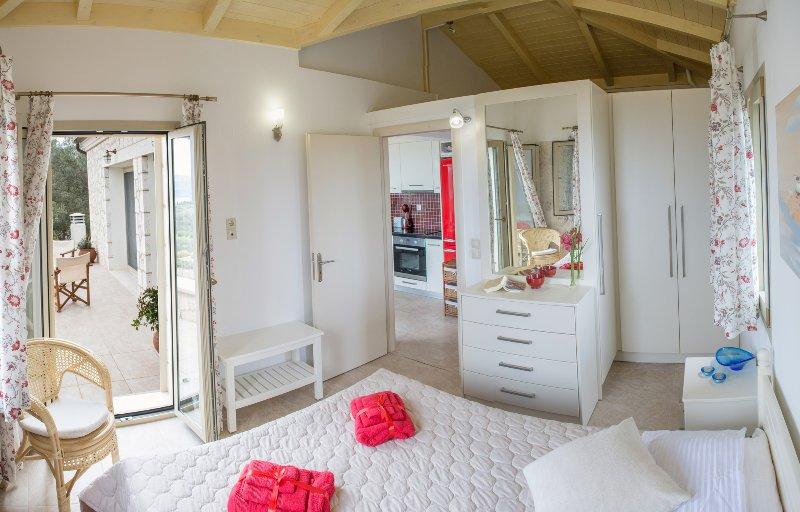 bedroom 4 - upper level