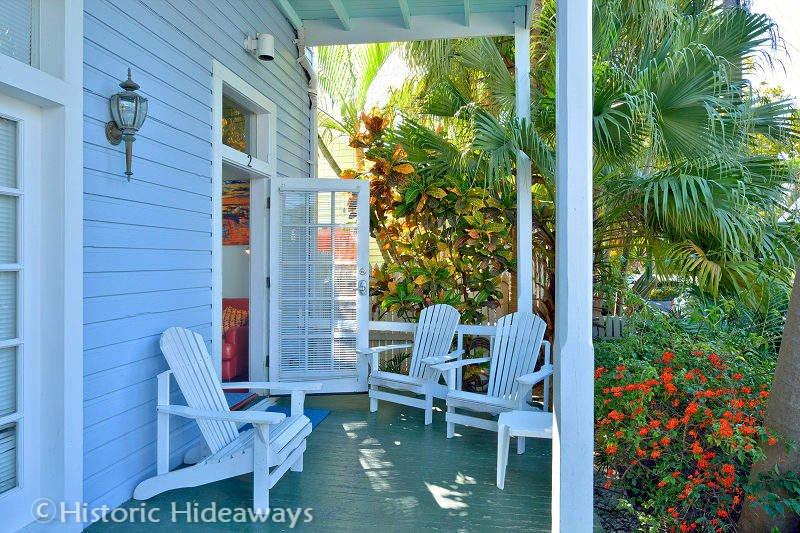 Entrance & Front Porch