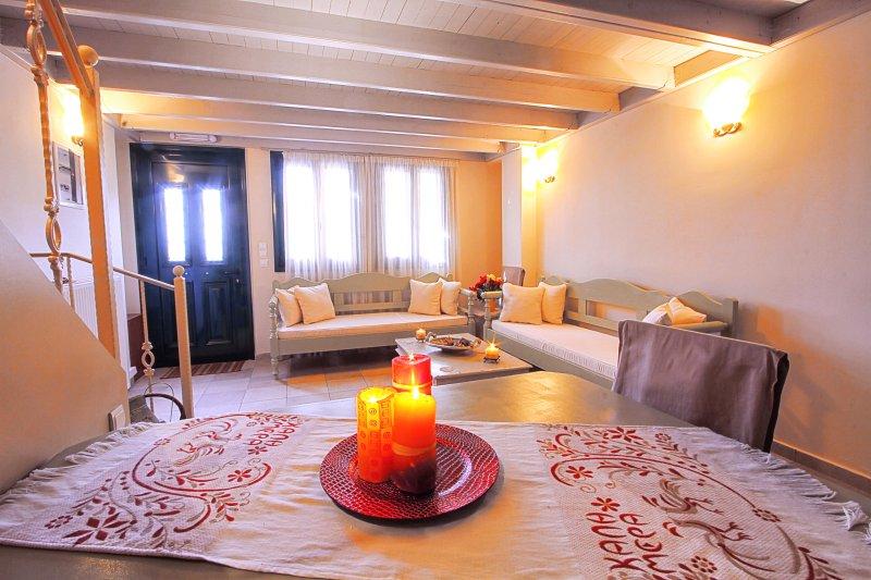 House 2-Two bedrooms, location de vacances à Agios Isidoros