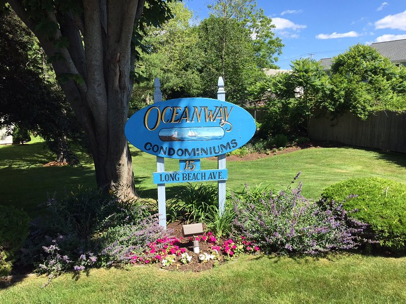 Walk to Beaches Condo, holiday rental in Cape Neddick