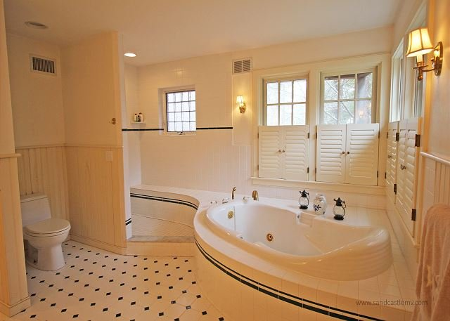 1st Floor Master Bathroom with Soaking Tub and Shower