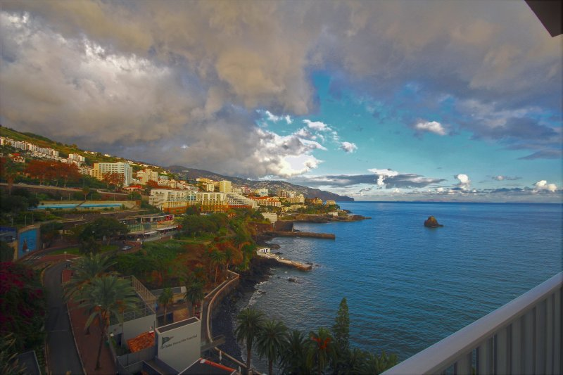 Apartment Tourist On The Sea Near cnter, vacation rental in Funchal