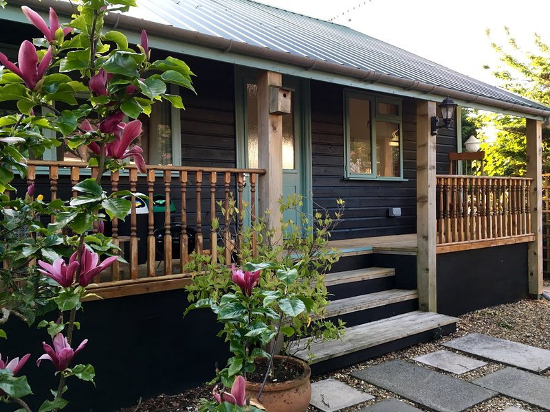 Caban bach, cosy caban close to the sea., vacation rental in Saundersfoot