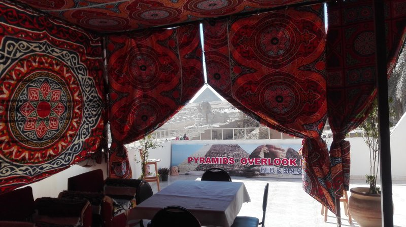Queen Nefertiti room, holiday rental in Sheikh Zayed City