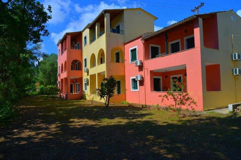 Sunny Studio, holiday rental in Kontokali
