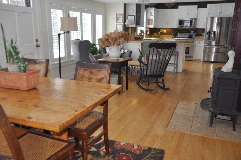 mesa de jantar, copa, bar, cozinha que se ... você decide!