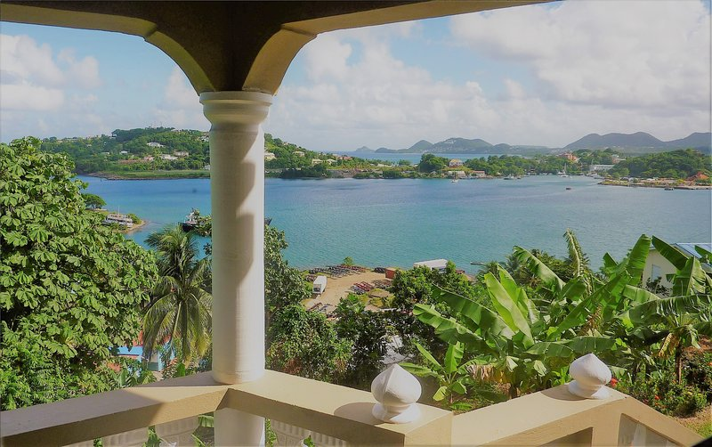 La Rose Apartment BAYSIDE VILLA ST. LUCIA, holiday rental in Castries