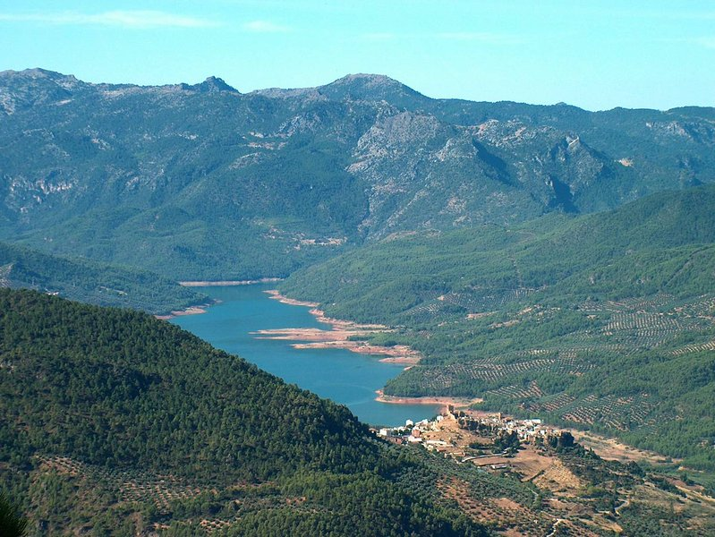 An impressive view of Hornos in the middle of the Nature Park of Cazorla, Segura y las Villas.