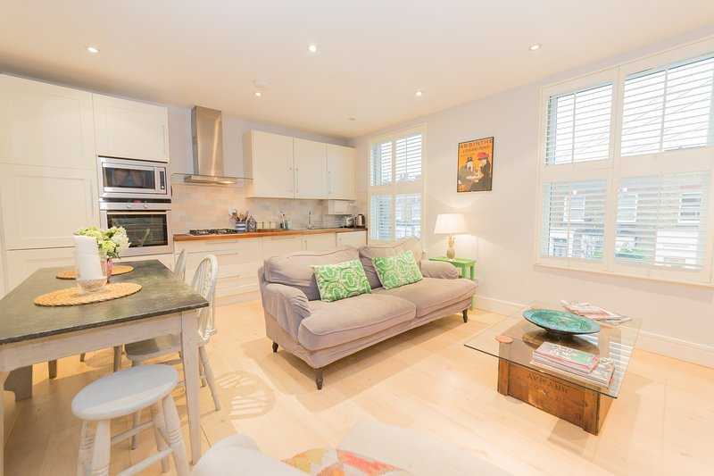 cosy and stylish 2 double bed apartment nr notting hill rh tripadvisor com au