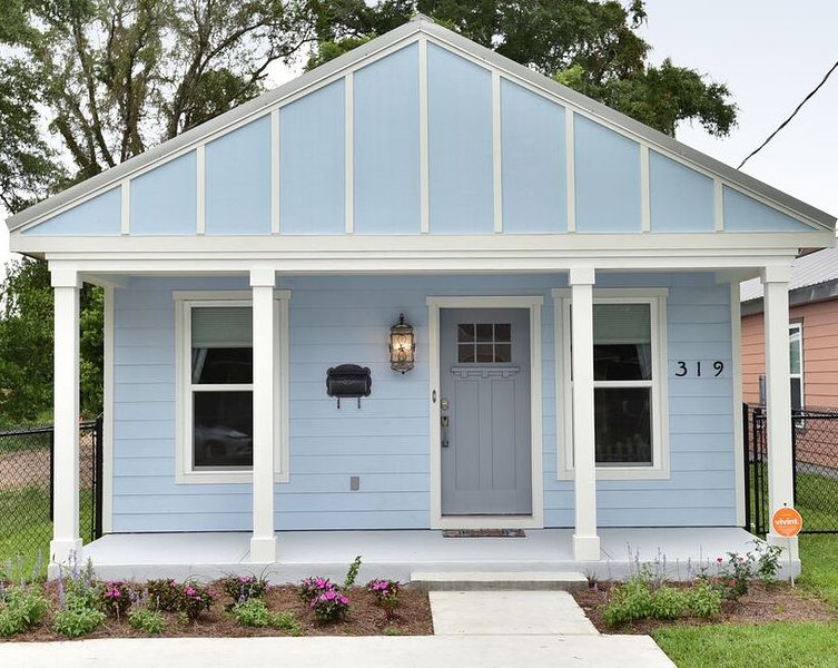 The 'Blue Cottage' is cute from the first glance... & inside is just as cozy. Make yourself at home!