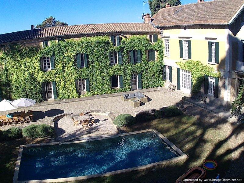 Villa Languedoc Terroir vacation villa in Languedoc France, self catering villa, vacation rental in Lezignan-la-Cebe