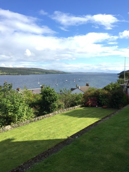 view form front communal garden of Shore Cottages