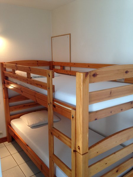 cabin room with bunk beds