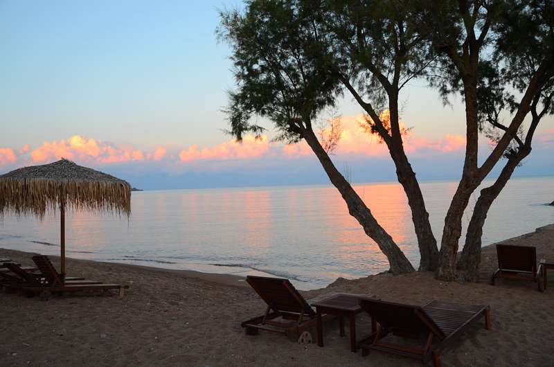 Stunning villa, panoramic sea view, sandy beach in 600m, for 6 pers., vacation rental in Koroni