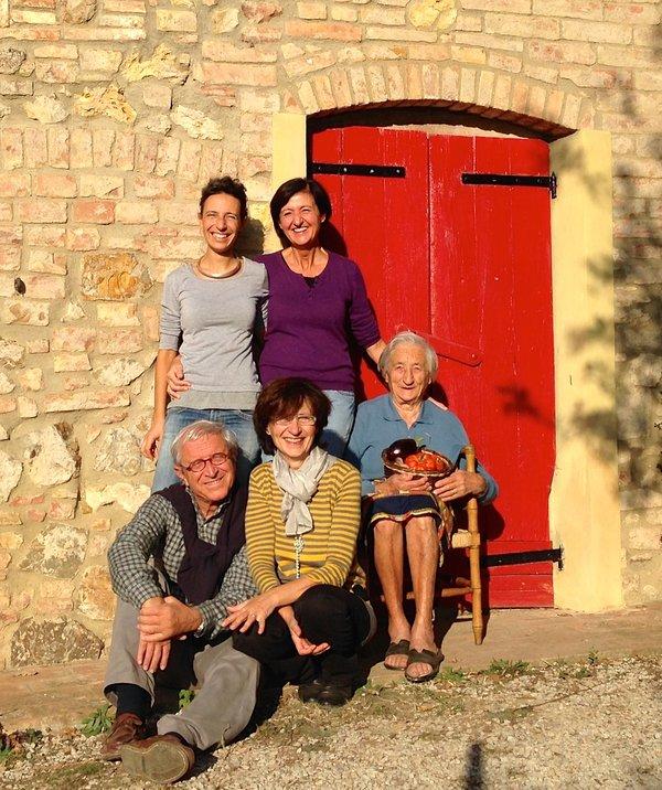 La familia de granja Le Capanne