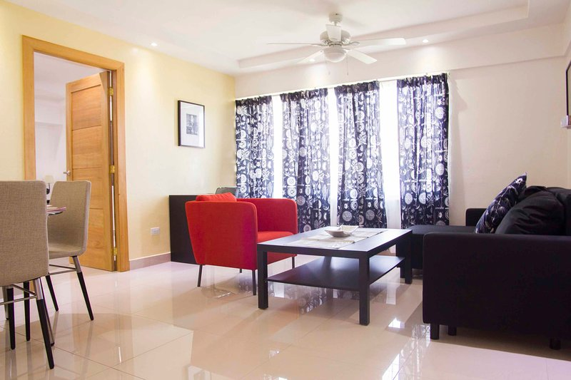 City Caribbean - 1-Bedroom Apartment, vacation rental in Santo Domingo