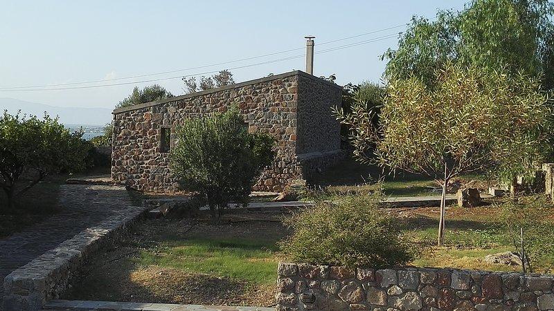 To Spitaki (La petite maison), location de vacances à Aegina