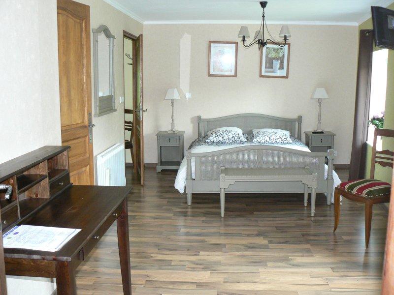 chambre d hôte à la maison de l étang, holiday rental in Chaumont-sur-Aire