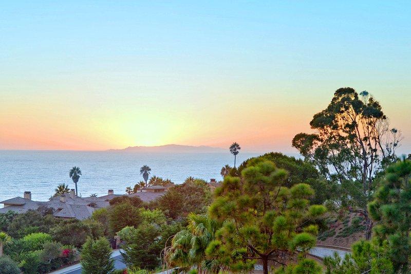 Malibu Beach Ocean View House 1 Min To