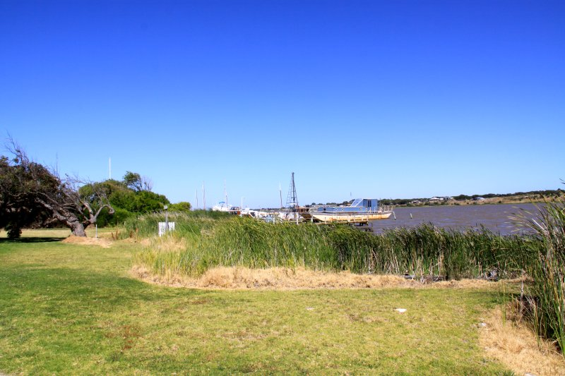 Marina and River Murray at the other end of our street, 300 metres