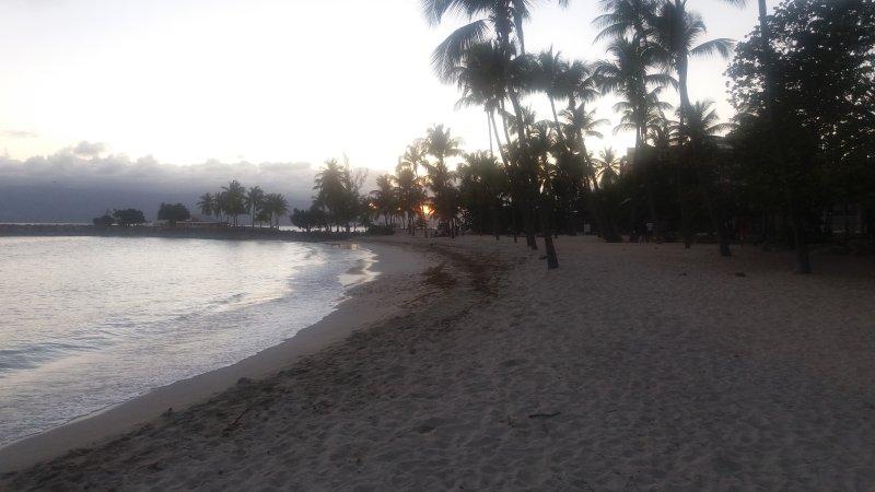 spiaggia 100m al crepuscolo ...