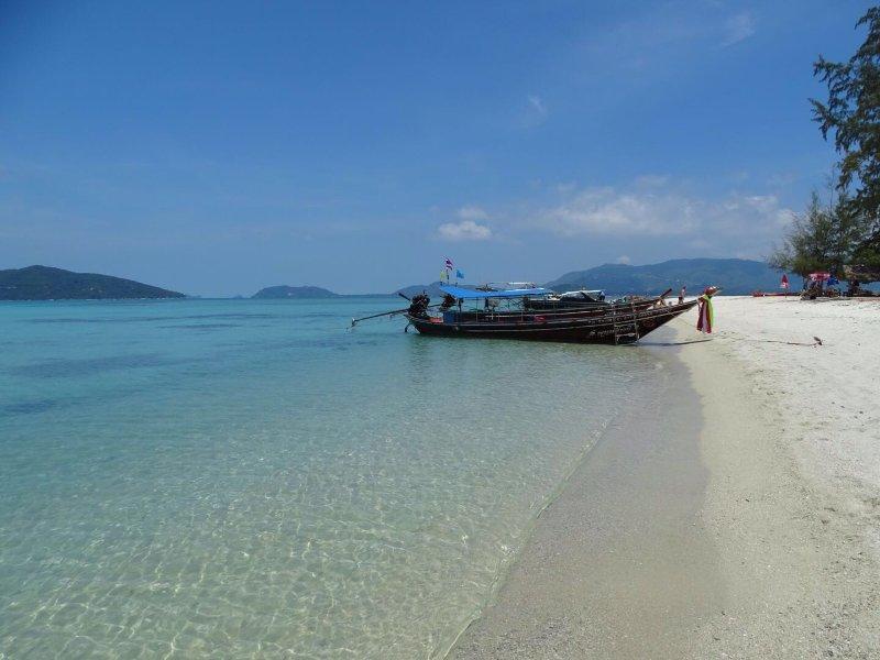 Beach sull'isola di Koh Madsum in barca privata di viaggio