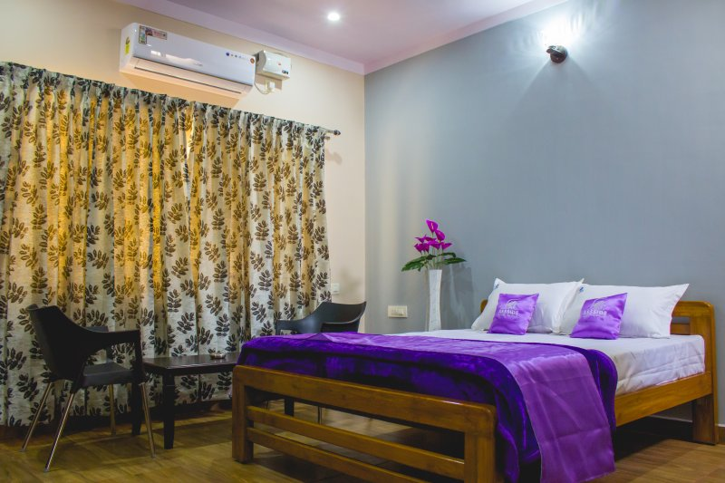 Deluxe double stay room contains Refrigerator, TV, Kettle,A/C,wifi accessible.Feel the comfort stay.