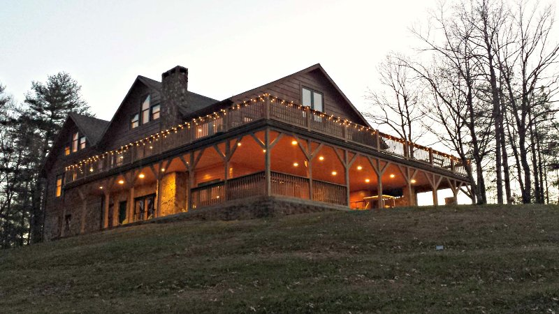 Wilderness Lodge, holiday rental in Hays