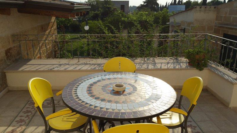 Spacious villa with garden, holiday rental in Miggiano