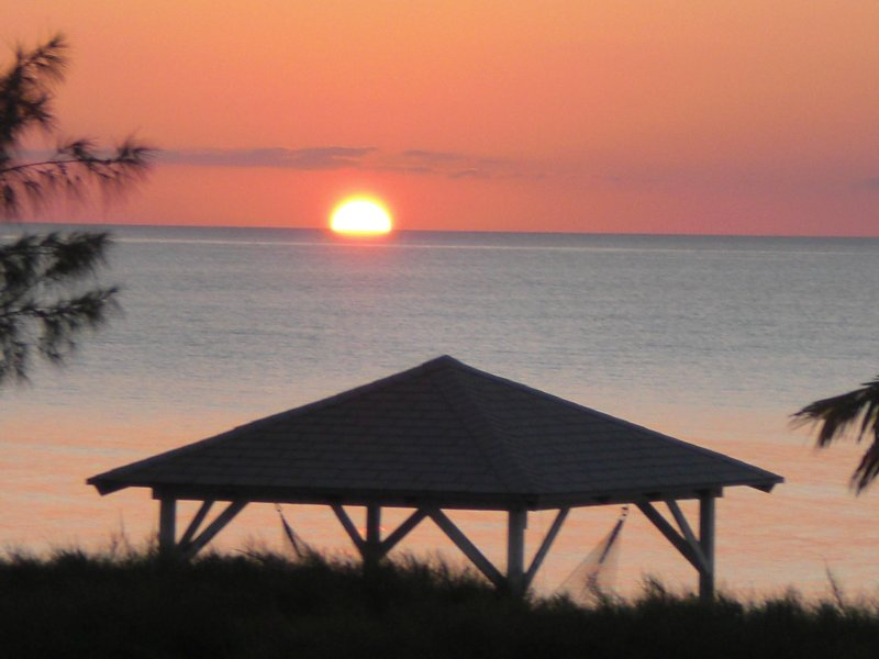 Cape Santa Maria Direct oceanfront Cape Santa Maria Long Island Bahamas, holiday rental in Long Island