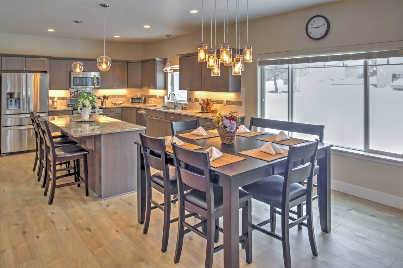 Feast on delicious home-cooked meals at the kitchen table or bar.