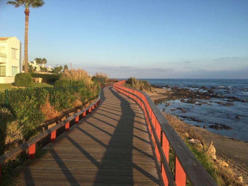 Seafront Boardwalk, un sentier côtier de Malaga à Marbella via La Cala (presque terminé)