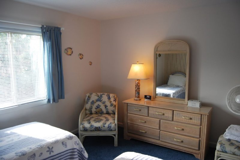 Twin Guest Room Front
