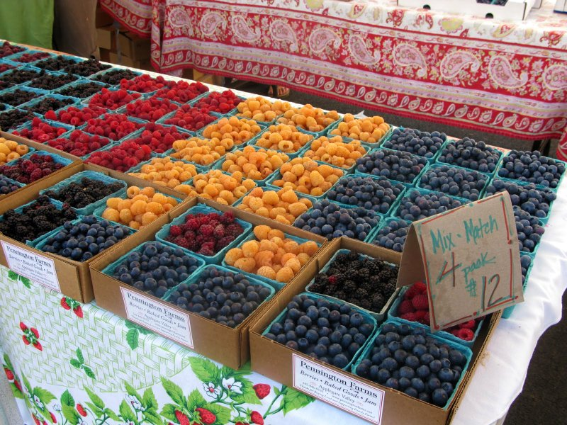 Ashland Has A Farmer's Market Right Downtown On Saturday Mornings. Get Your Fresh Produce Here.