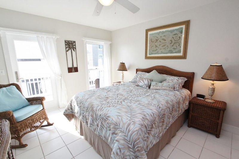 Amador Queen Bedroom