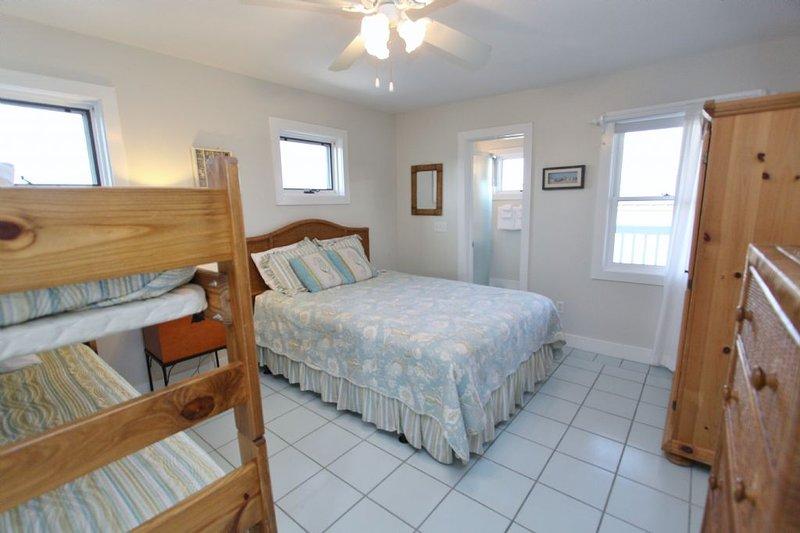 Gamboa Bedroom Alternate Angle