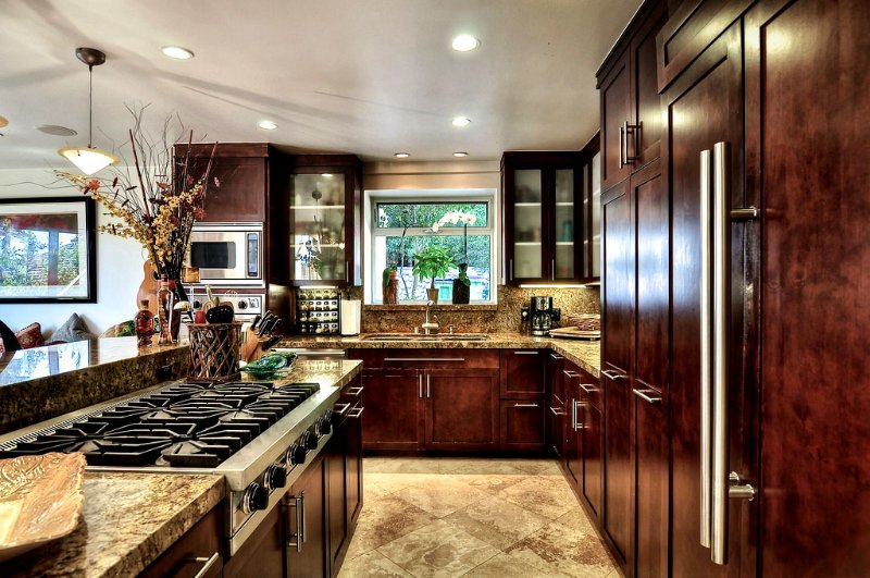 Awesome kitchen... awesome