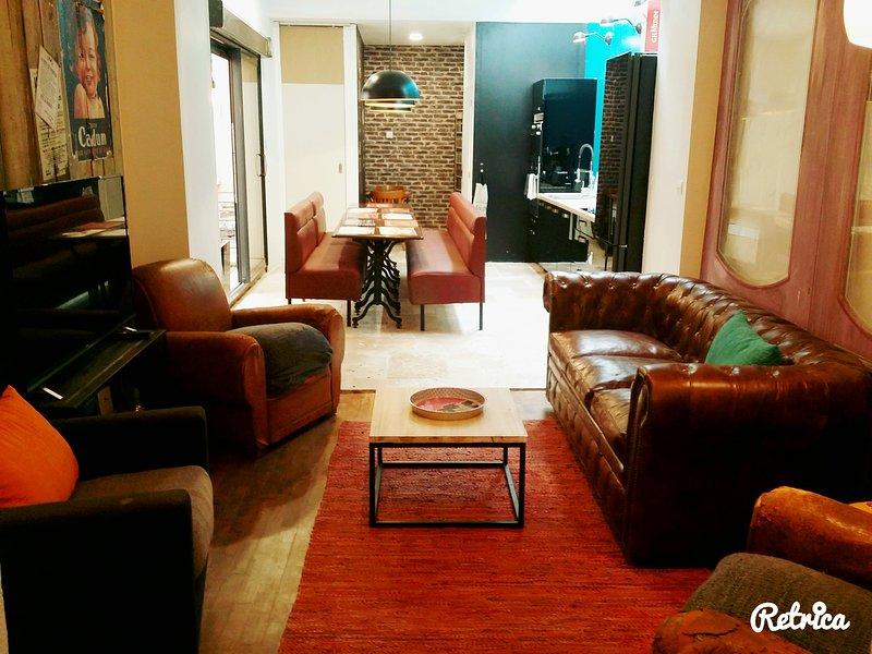 Appartement atypique, 3 chambres pour 6 personnes, centre et gare de Reims, holiday rental in Jonchery-sur-Vesle